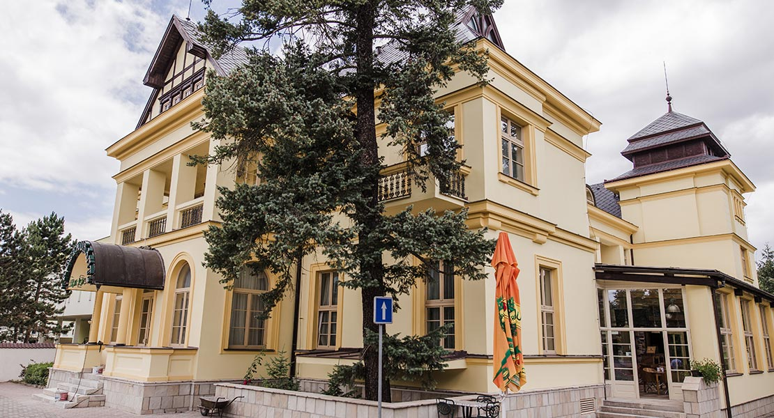titulka_hotel_1110x600px_rotator